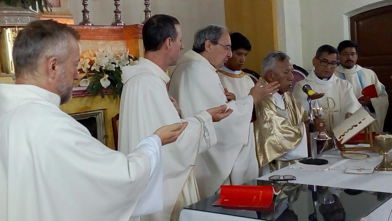 """Cardenal Ticona destaca """"religiosidad"""" de Tarija en encierro de San Roque"""