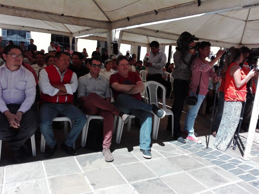 Firman contrato para construcción de la PTAR San Blas