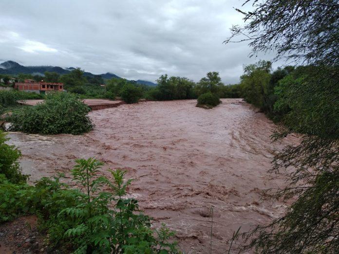 Alerta por crecida de ríos en el  valle central