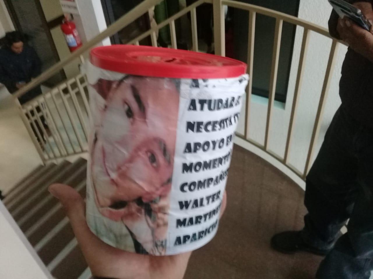 Piden ayuda para joven herido en avenida La Paz