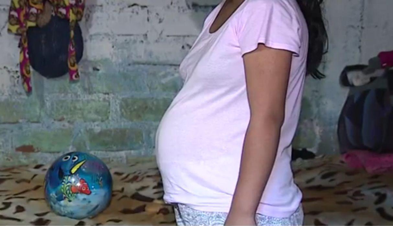 Embarazó a la niñera y fue denunciado por estupro