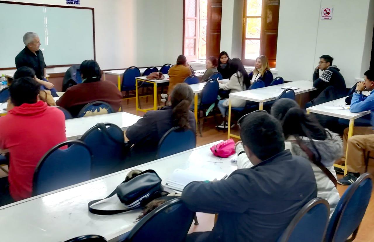 """Nuevas formas de """"relatar las elecciones"""" en Tarija"""