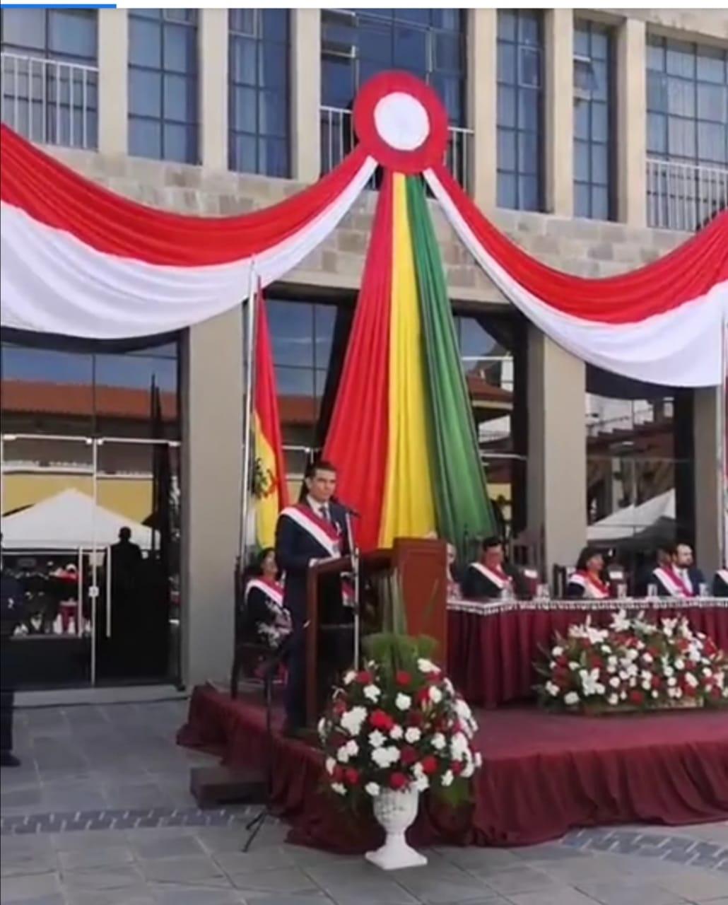 Rodrigo Paz saluda a Tarija en sus 455 años de fundación