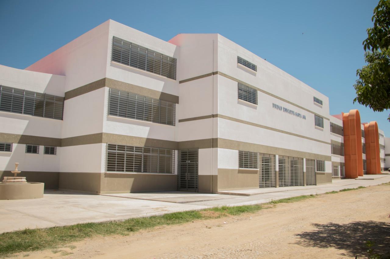 Morales y Paz entregan unidad educativa Santa Ana a 1680 estudiantes en Tarija