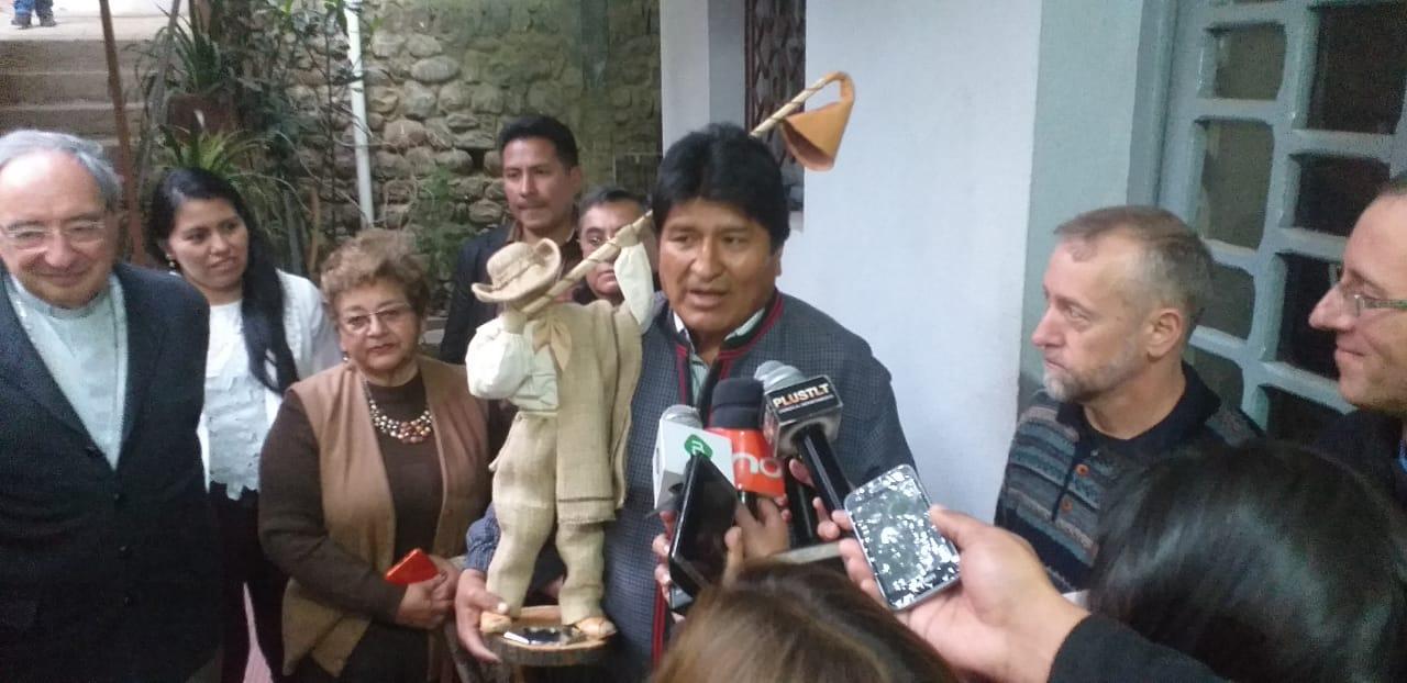 Evo compromete Bs 2 MM para refaccionar la iglesia de San Roque en Tarija