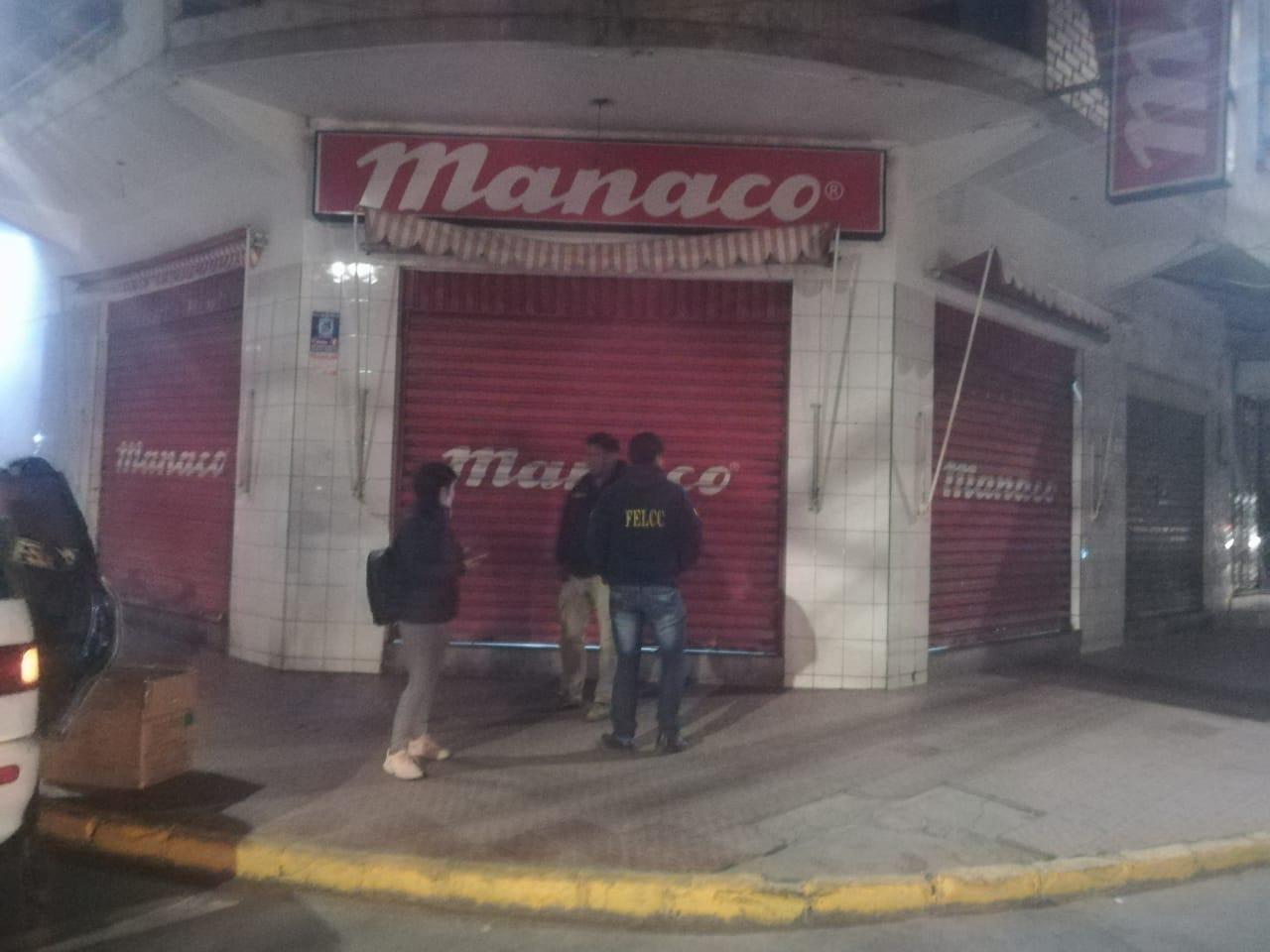 FELCC busca autores de atraco en la tienda Manaco de La Loma