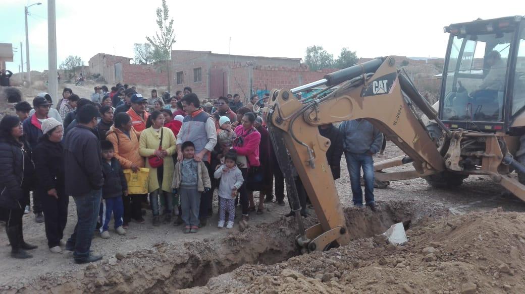 Proyecto de agua potable para la urbanización Santiago tiene 75% de avance