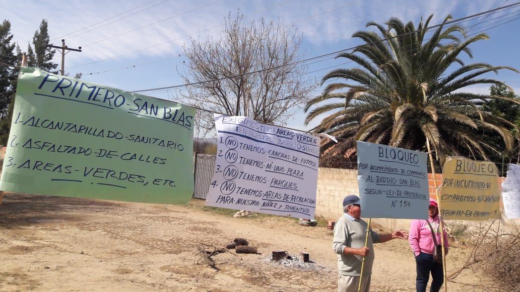 Vecinos de San Blas bloquean plaza principal de Tarija