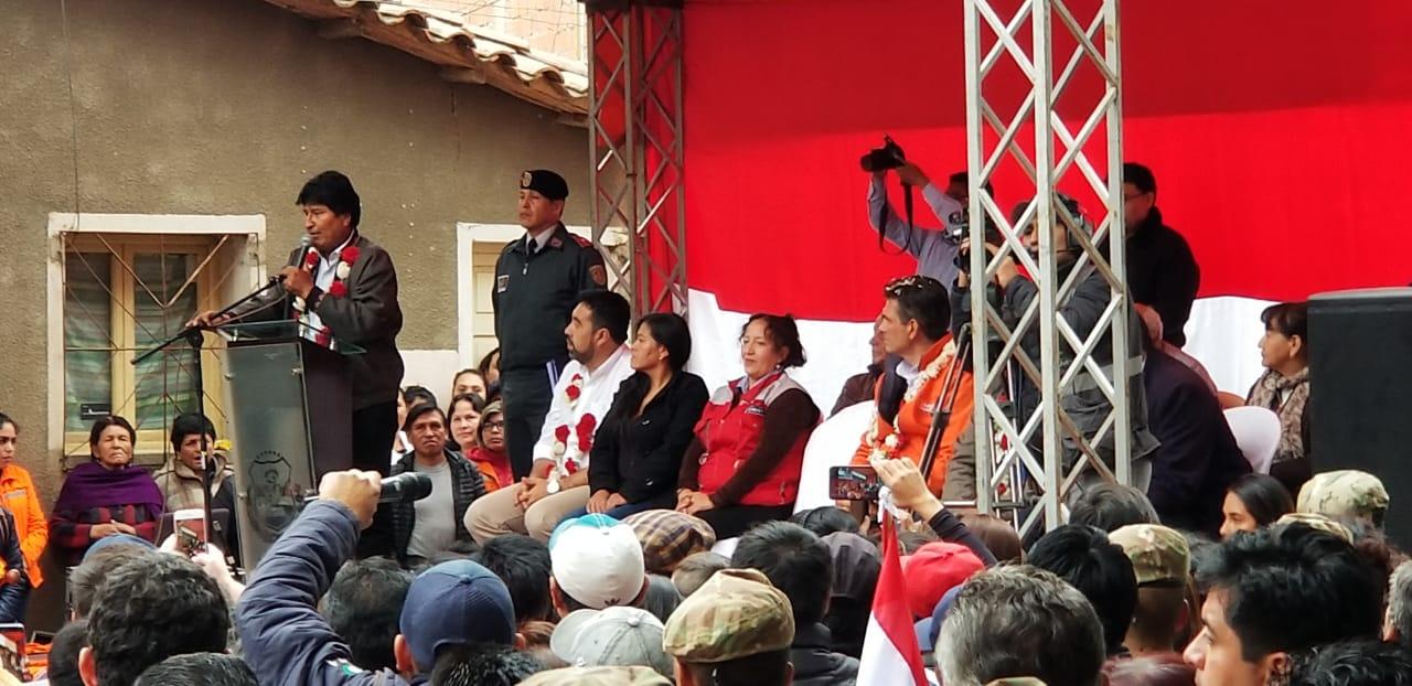 Evo dice que Oliva y Paz firmaron apoyo de exploración a Tariquía; ellos lo niegan