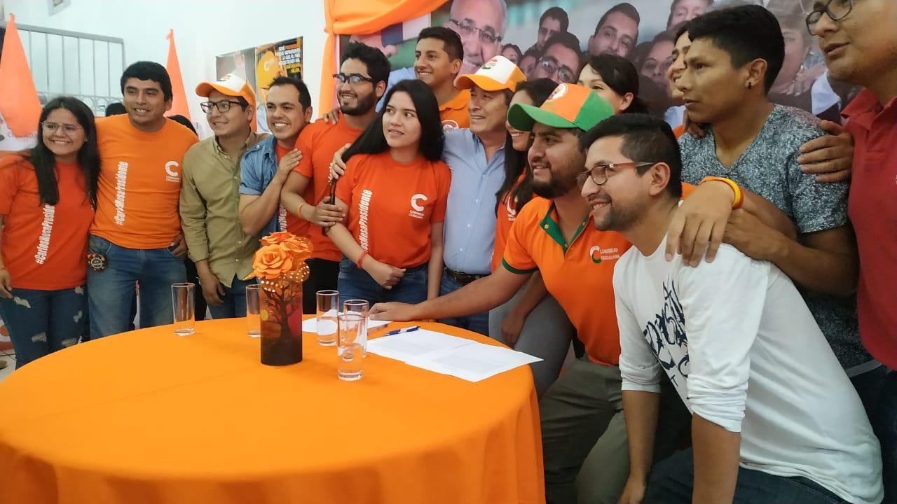 Agrupaciones juveniles de Tarija se adhieren a CC