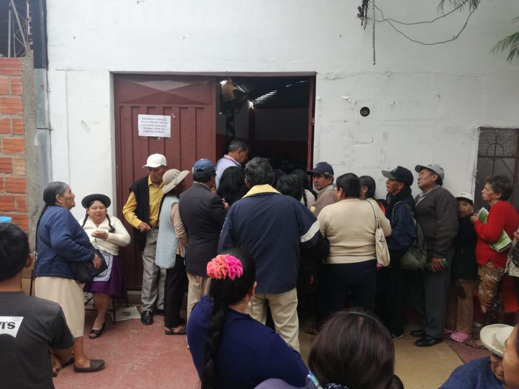 Buscan solución a deuda de la canasta alimentaria en Cercado
