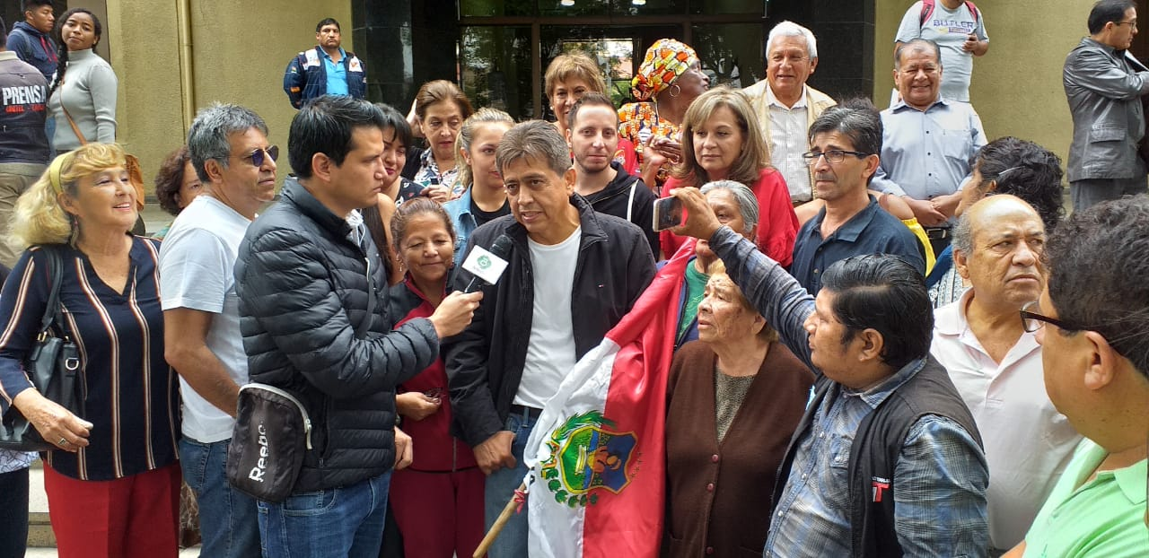 Cossío llega a Tarija y se presenta en el Palacio de Justicia