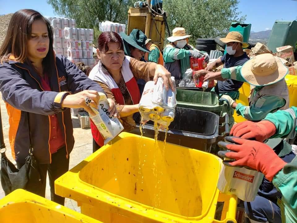 Destruyen 1560 litros de bebidas alcohólicas en Tarija