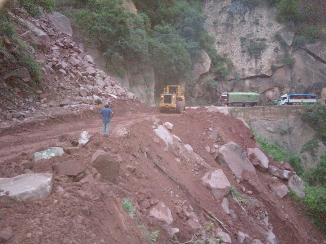 Restablecen la circulación en el tramo Villa Montes - Palos Blancos