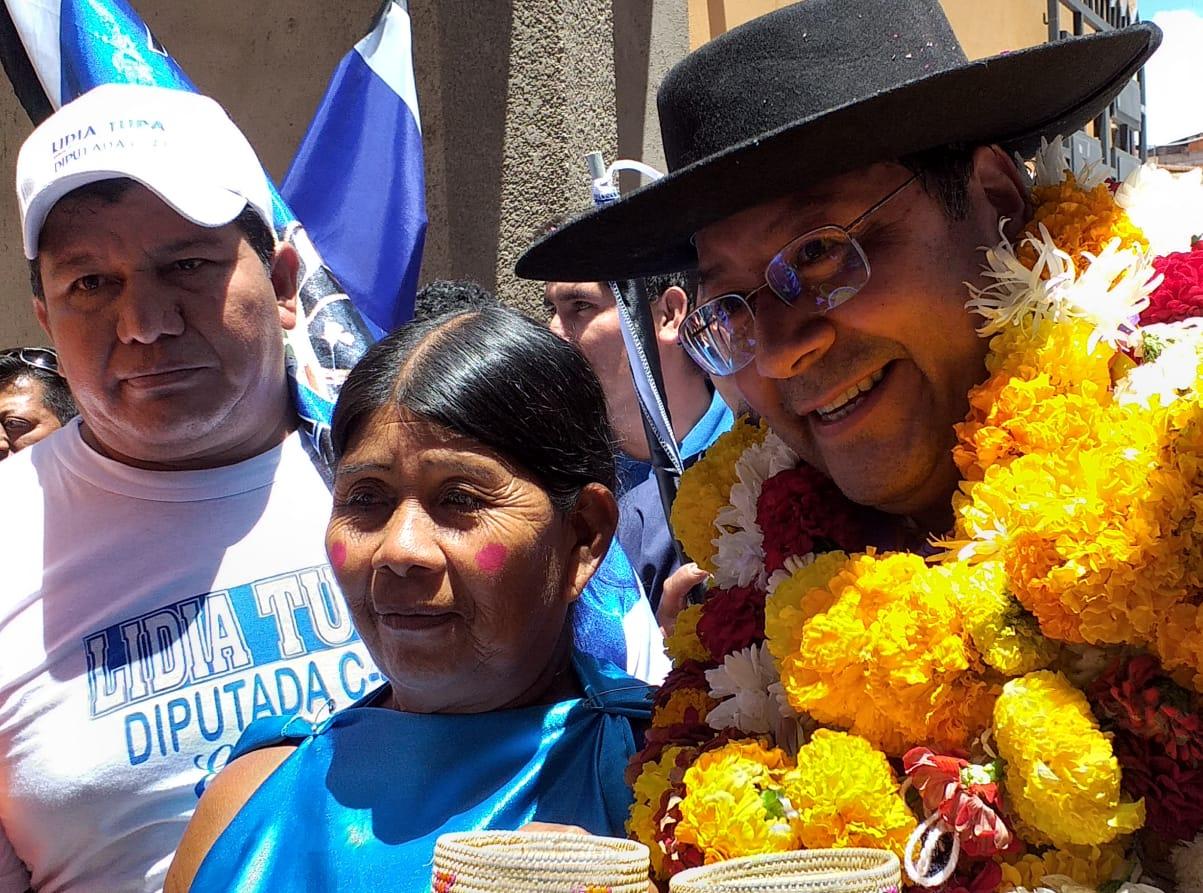 Arce confía la victoria del MAS al apoyo de barrios y campesinos