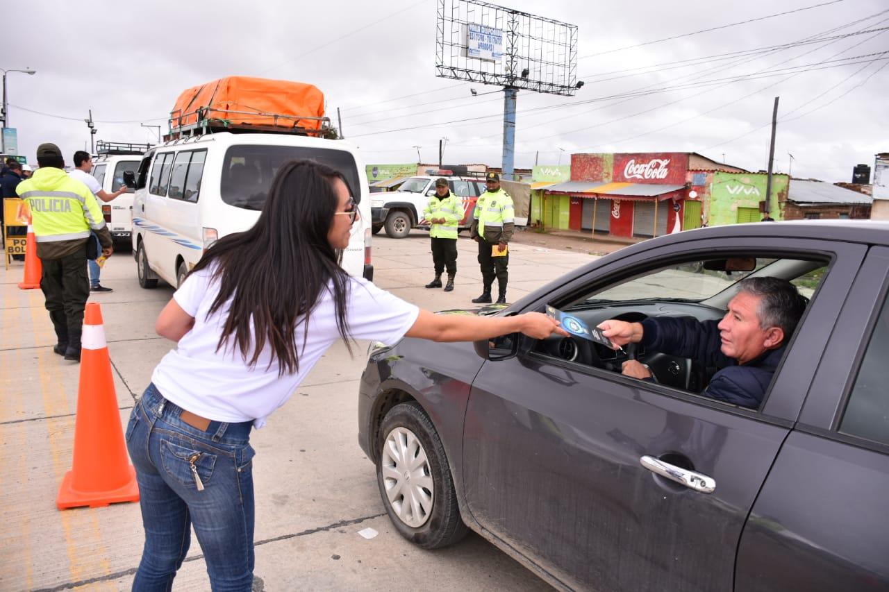 """""""Consumo inteligente"""", la campaña de la Policía y CBN"""