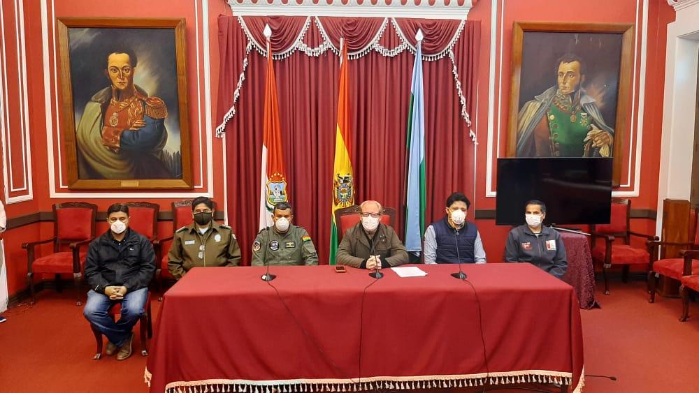 Gobernador Oliva y alcaldes consensúan modelo autónomo de cuarentena en Tarija
