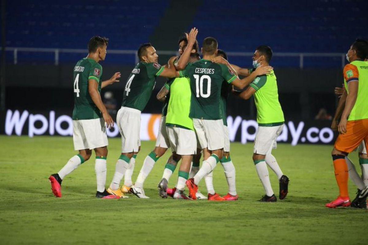 Bolivia se la pone difícil a Paraguay y obtiene su primer punto en empate