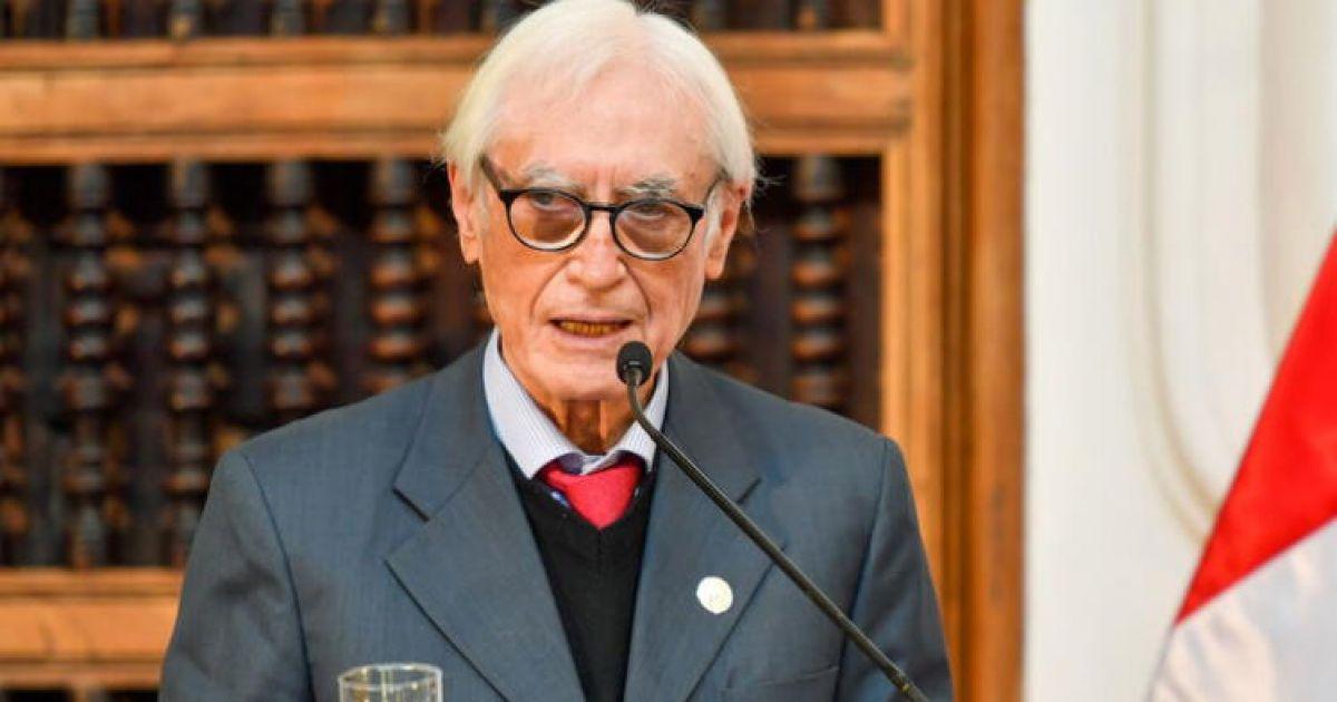Polémica en Perú: Renuncia el canciller Béjar