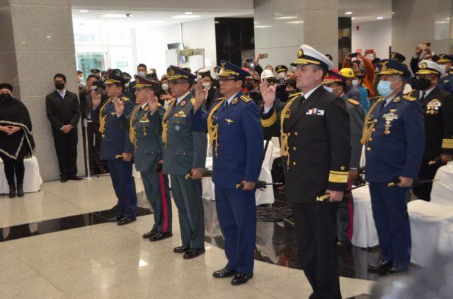 Arce posesiona al nuevo Alto Mando Militar de las FFAA