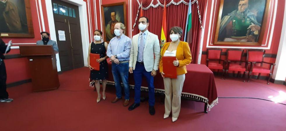 Paola Mendoza, Mario Cavero, Lily Morales conforman el nuevo gabinete de secretarios de la Gobernación de Tarija