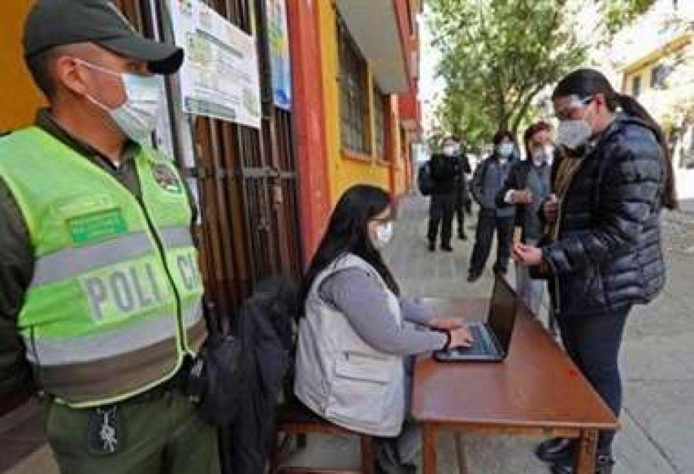 Policía en Tarija dispone estado de emergencia para garantizar seguridad en el balotaje